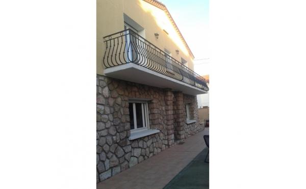 Perpignan Las Cobas maison de ville T5 garage terrain